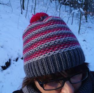 czapka super soft szaroróżowa